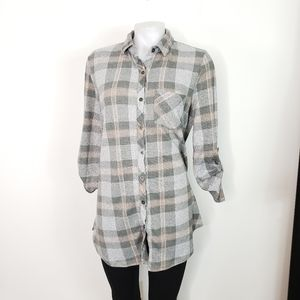 Polly & Esther long plaid flannel Button down